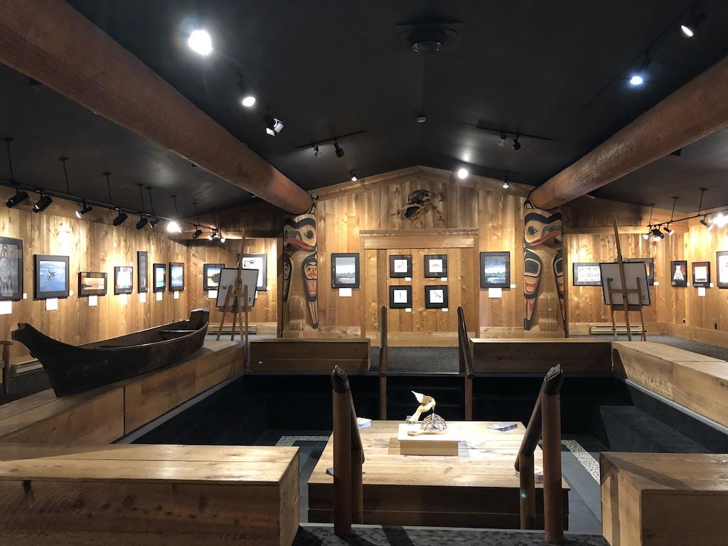Roy Henry Vickers Art Gallery, Tofino