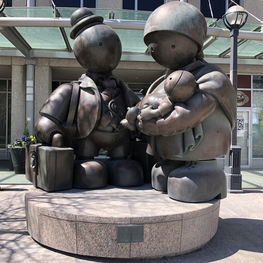 Immigrant Family by Tom Otterness, 2007.