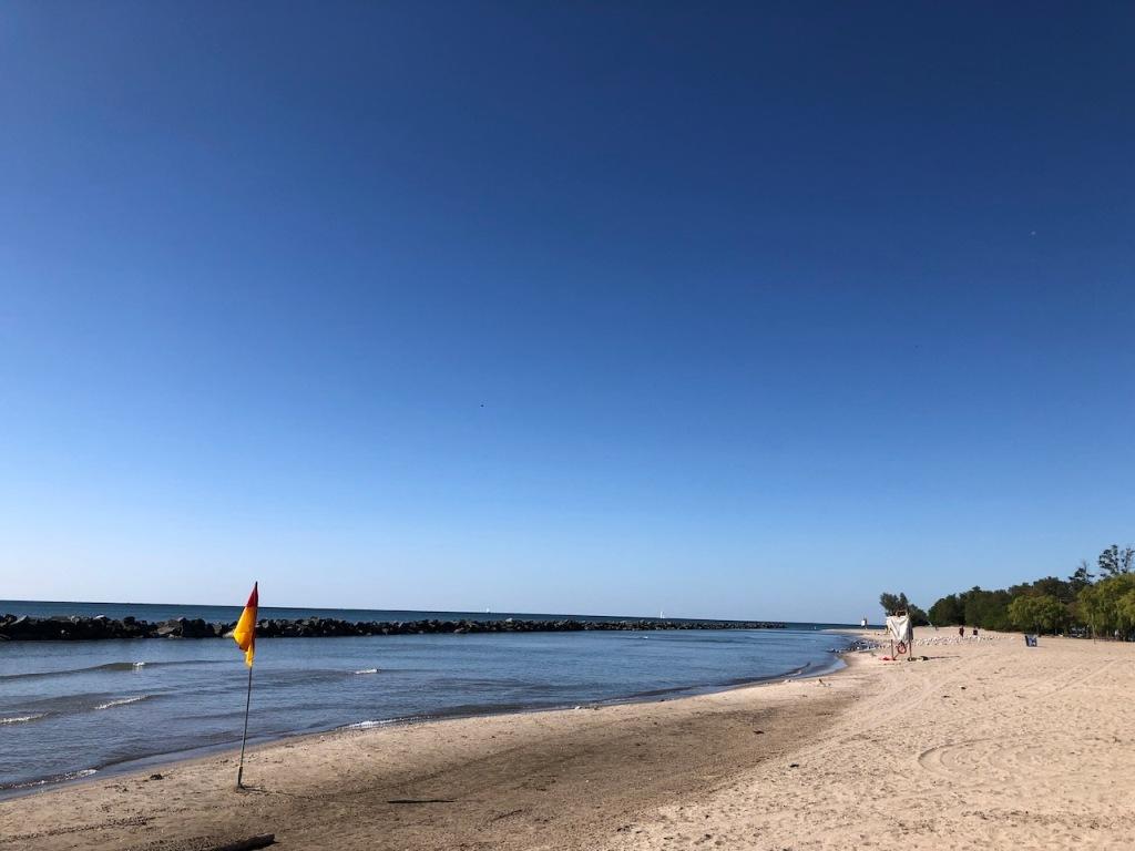 Centre Island beach.
