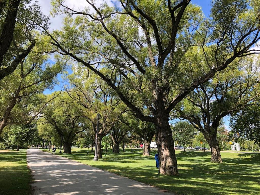 Sunnyside Park.
